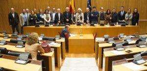 El pacto de Estado en educación llega a su primer acuerdo: adoctrinamiento en valores cívicos y constitucionales