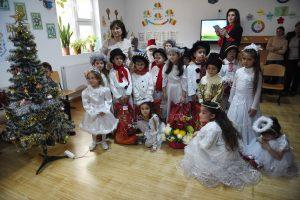 Se acerca la función de Navidad en el colegio: ¿podemos hacer fotos a los niños y publicarlas en redes?