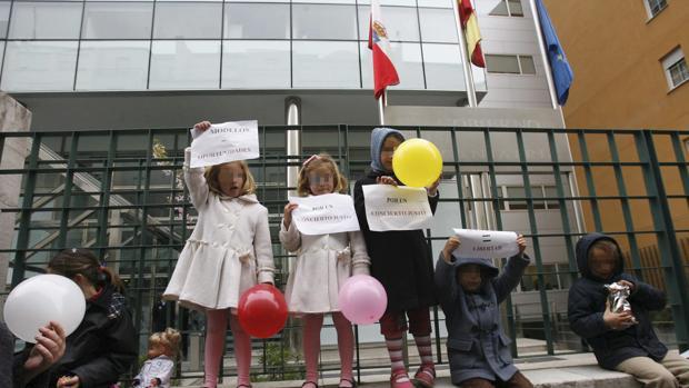 Varapalo del Tribunal Constitucional a Cantabria por la educación diferenciada