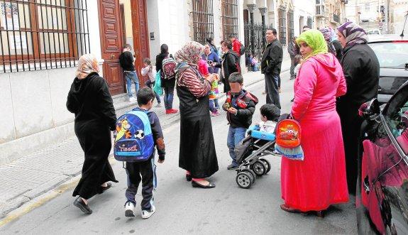 El BOE oficializó las clases de islam en los centros docentes públicos y privados y deja a la Comisión Islámica el control de los profesores y de los contenidos