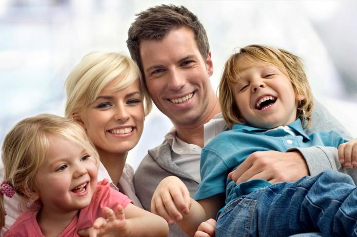 Ten 4 hijos en Hungría, no vuelvas jamás a pagar impuestos