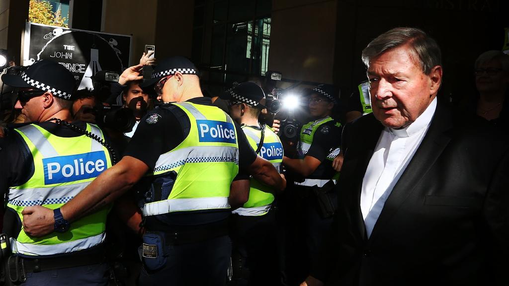 La corte suprema de Australia libera al cardenal Pell